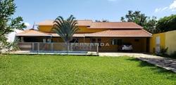 Casa à venda CONDOMINIO RESIDENCIAL PRIVE LA FONT   Churrasqueira, piscina e jardim com pomar.