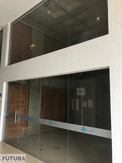 Loja à venda Rua  33   Loja térrea, com 36M² com pé direito duplo no Le Club, Aguas claras