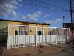 Casa à venda Quadra 300   Quadra 300, Casa com 2 dormitórios, 100 m² Recanto das Emas, VENDO ou TROCO em Águas Claras