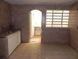 Casa para alugar Quadra 5   QD 05 LOTE 102 SETOR LESTE CASA 02QTS- ARMARIOS NA COZINHA E COM UM SUITE