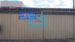 Casa para alugar QR 402 Conjunto 8 Samambaia Norte  TAMBÉM AVALIAMOS E ALUGAMOS O SEU IMÓVEL