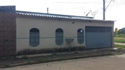 Casa à venda Quadra 4   00650 - Quadra 04 Setor Sul! Atenção Investidores Casa de Esquina, laje!