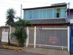 Casa à venda QS 16   Espetacular Casa no Riacho Fundo 2, Localização Privilegiada, Bem arejado e iluminado!
