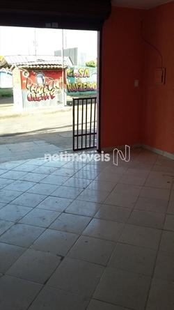 Loja para alugar QNM 21 Conjunto C   Loja na Ceilândia em excelente localização.  Rua bem movimentada.  Recém pintada, desocupada. Pronto