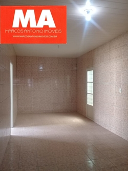 Casa à venda QNM 18 CENTRO DA CIDADE  EXCELENTE NEGÓCIO PARA MORAR OU ALUGAR.