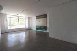 Apartamento para alugar SQN 308 Bloco H Desocupado, Reformado  Reformado, ar condicionado, repleto em armários