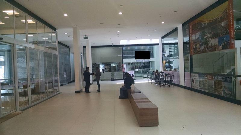 28 - Interior do shoppig, frente loja 29/29