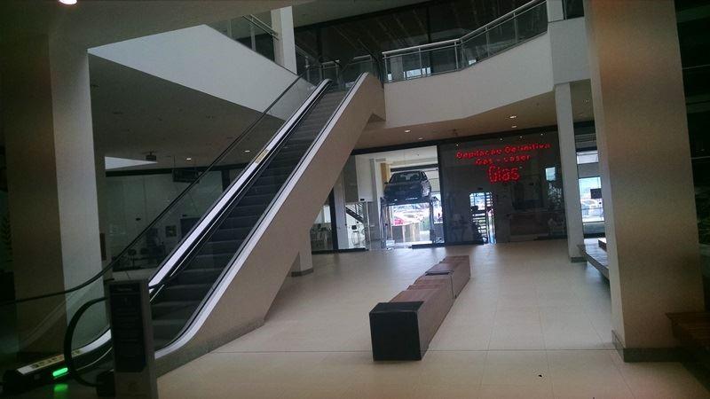 08 - Interior do shopping 8/29