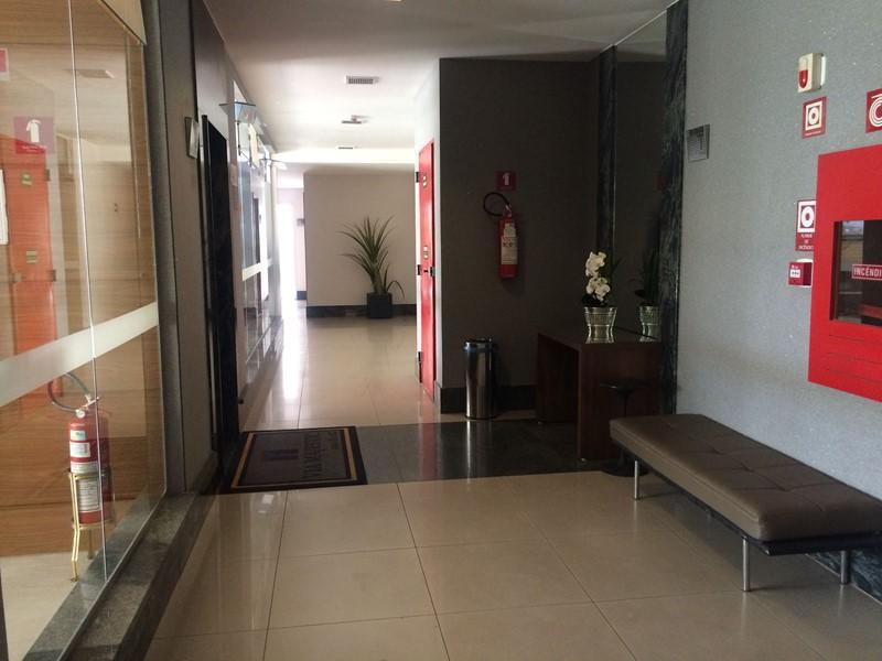 Hall entrada Elevador Principal 30/31
