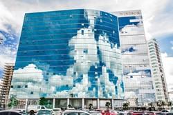 SDN Asa Norte Brasília   SHN Qd.1 Le Quartier excelente sala comercial - aceita carro