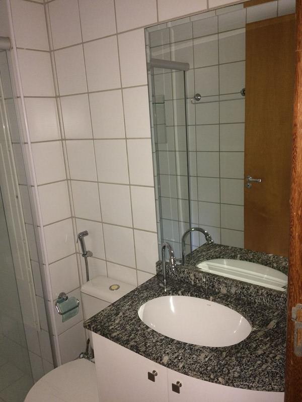 Banheiro com Box 6/9